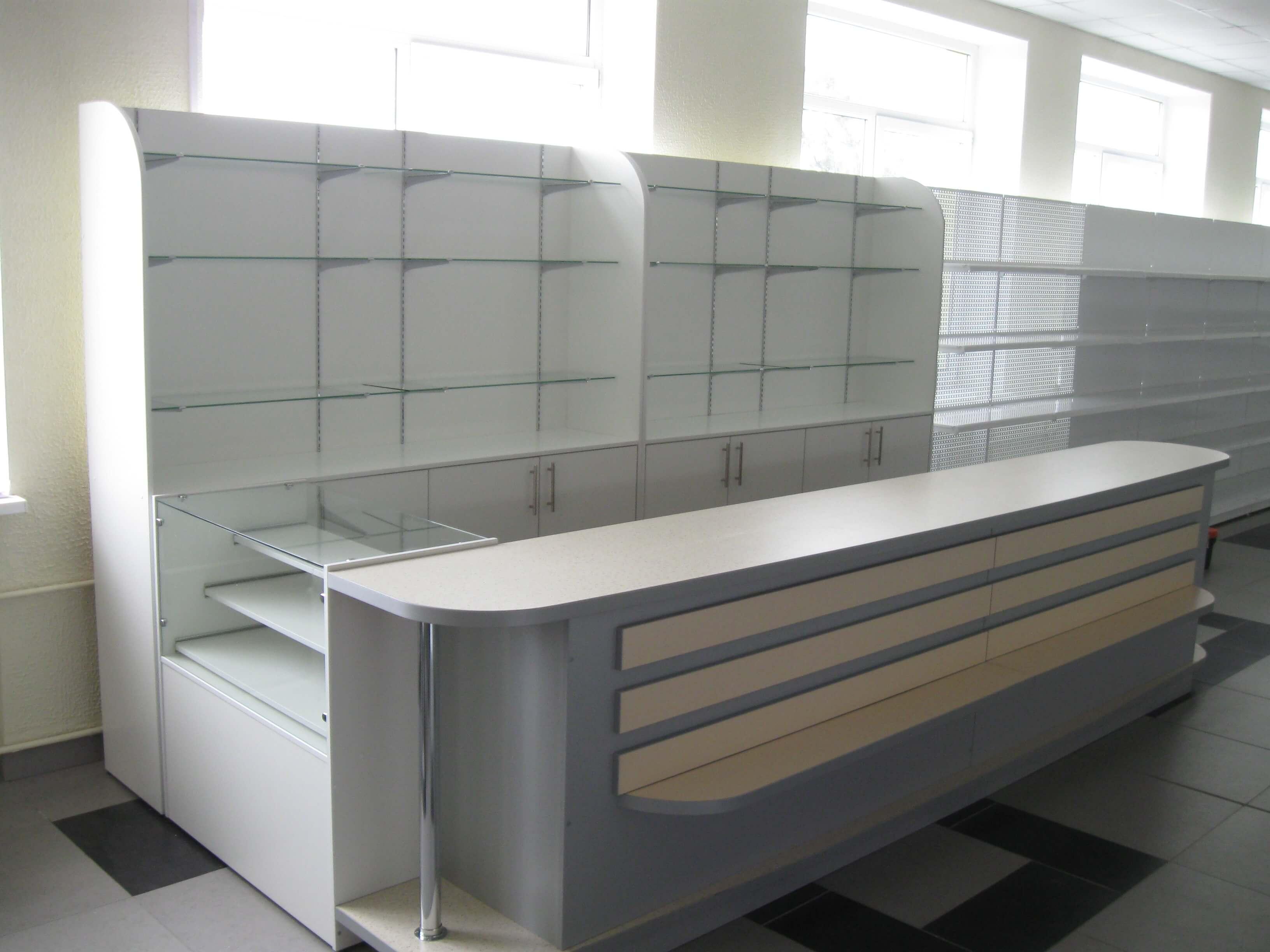 Мебель для торговли на заказ в Бресте